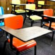 school-desks_2761298